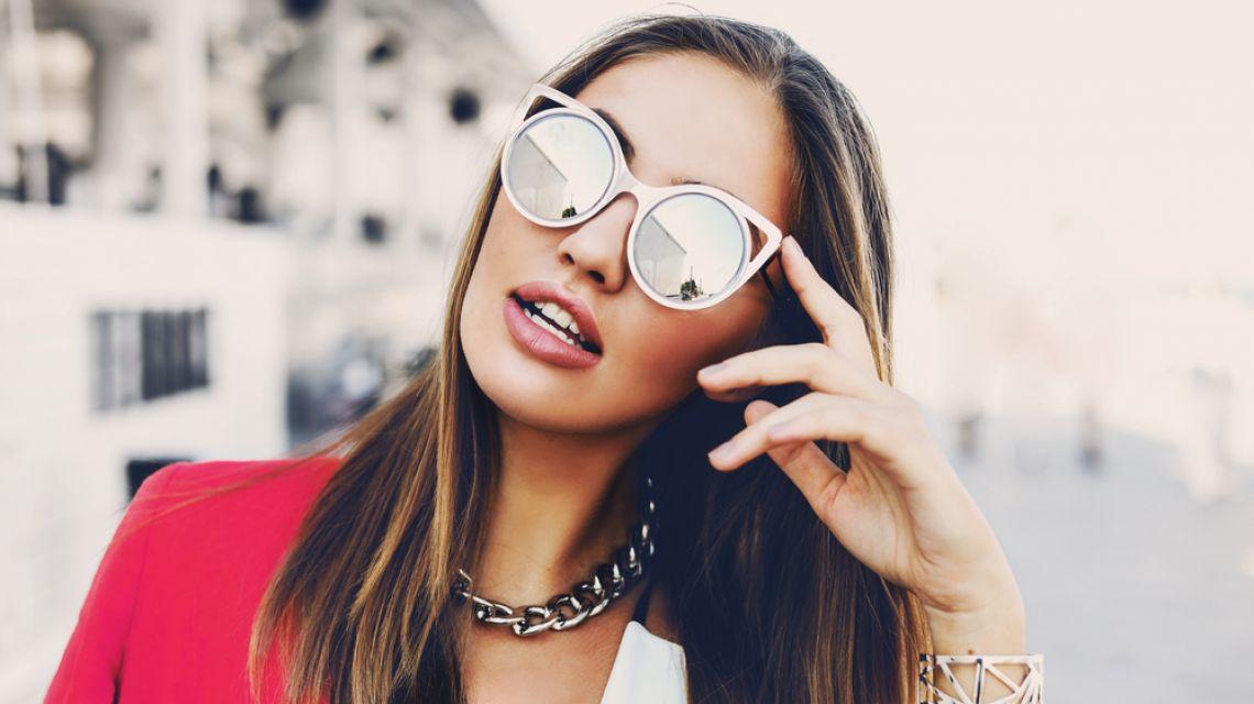 92141e2c968c Солнцезащитные очки  где и за сколько купить самые стильные очки лета