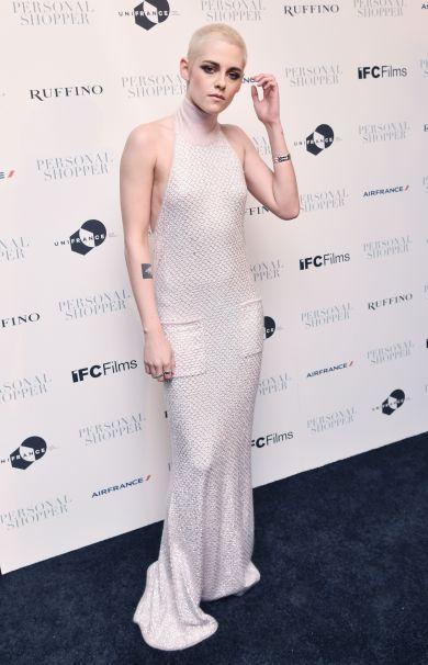Кристен Стюарт вышла в свет в откровенном платье от Chanel (ФОТО)