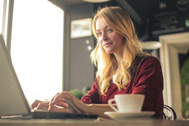 Колонка психолога: реально ли найти любовь в интернете?