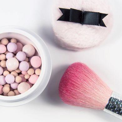 Guerlain представил летнюю коллекцию макияжа для поклонников метеоритов (ФОТО)