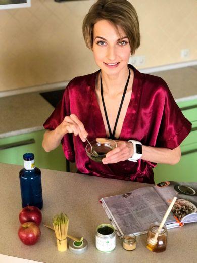 Своими руками: Топ-3 любимых рецепта красоты Мирославы Ульяниной