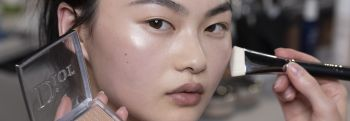 Как скрыть акне при помощи макияжа