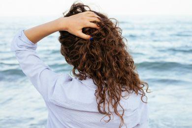 4 модных стрижки для кудрявых волос, которые тебя покорят