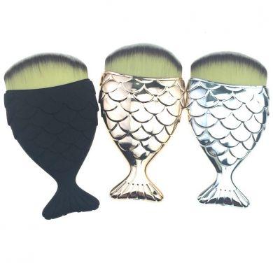Кисти в форме рыбьих хвостов