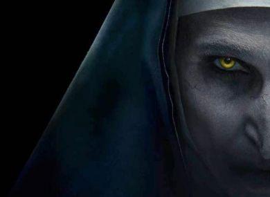 Небанальный образ на Хэллоуин: макияж демона из фильма «Проклятие монахини»