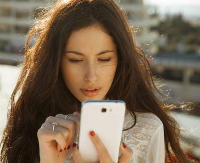 Девушка телефон