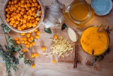 Богатые витаминами имбирь и облепиха