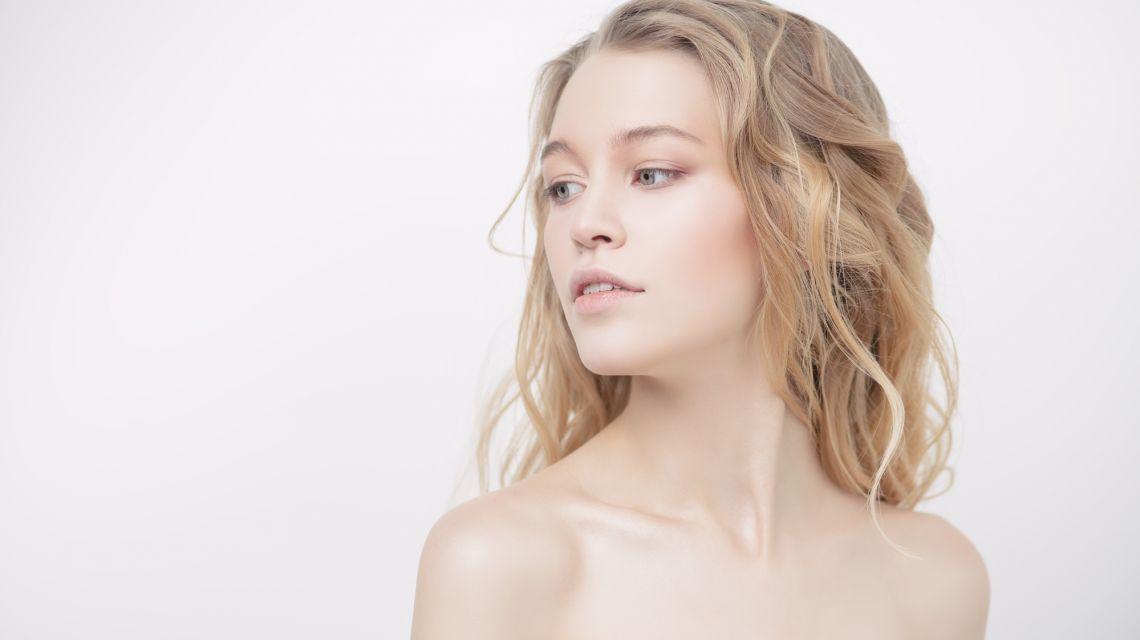 Как предотвратить появление морщин на шее