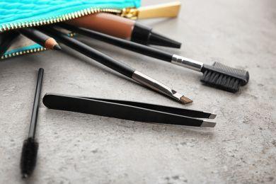 Инструменты для бровей