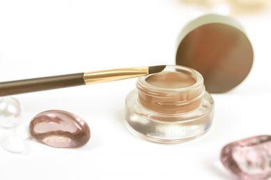 Косметичка главреда: 5 любимых продуктов для макияжа бровей