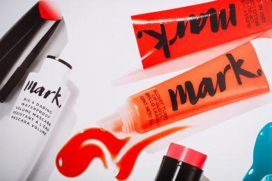 Осмелься удивлять: что нужно знать о новом beauty-бренде Mark?