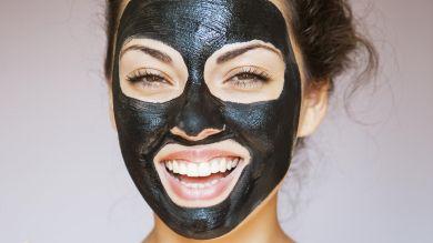 Угольные маски для лица