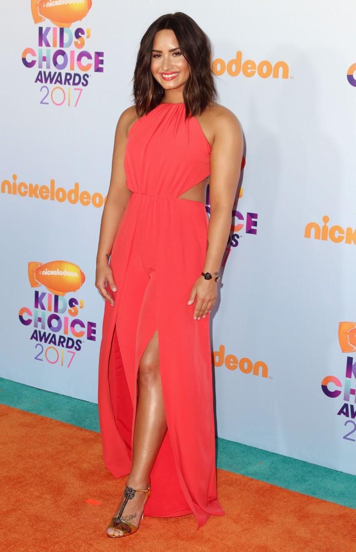 Гвен Стефани, Мэрайя Кери и другие звезды на церемонии Kids Choice Awards (ФОТО)