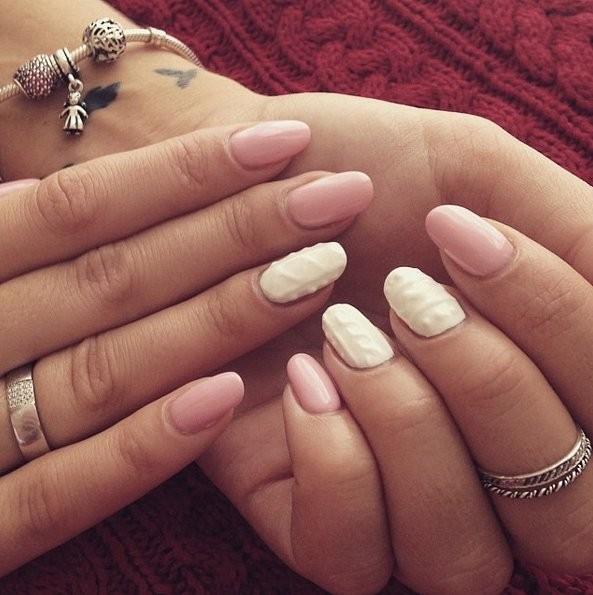 Как сделать эффект свитера на ногтях фото 370
