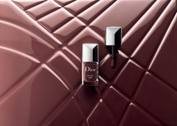 Лак для ногтей из новой коллекции Dior Skyline Makeup Collection осень 2016 фото