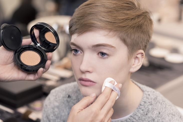  Как повторить макияж с показа Dior осень-зима 2017-2018 фото