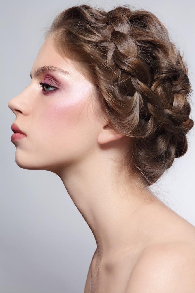 Плетение косы вокруг головы