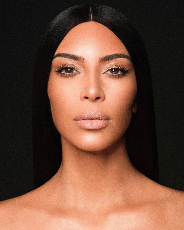Ким Кардашьян коллекция помад фото