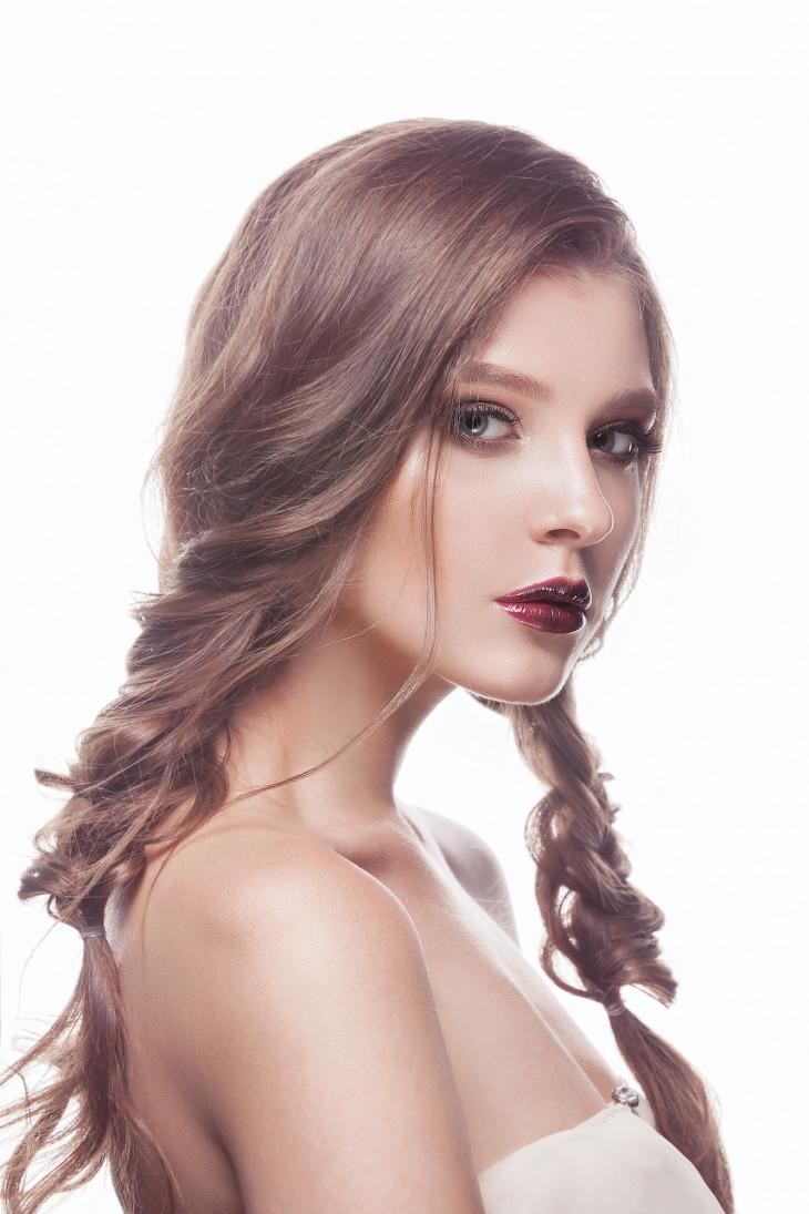 Косы - прически на лето для длинных волос