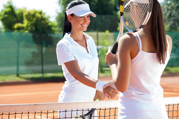 Теннис улучшает фигуру