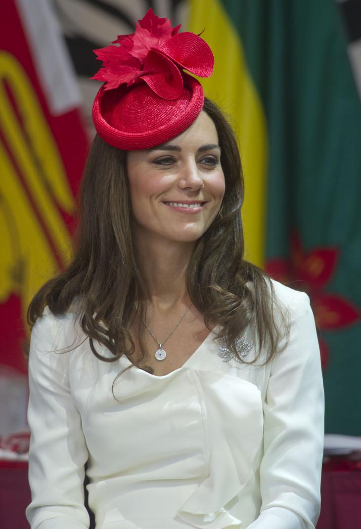 Кейт в шляпе