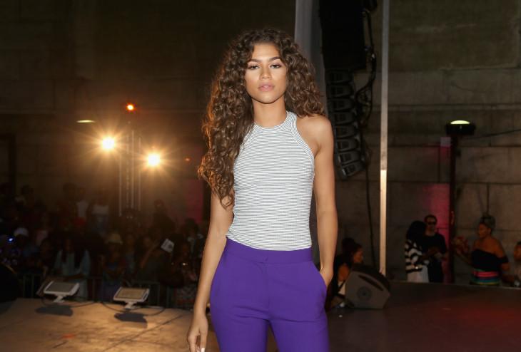 Боди с цветными брюками фото