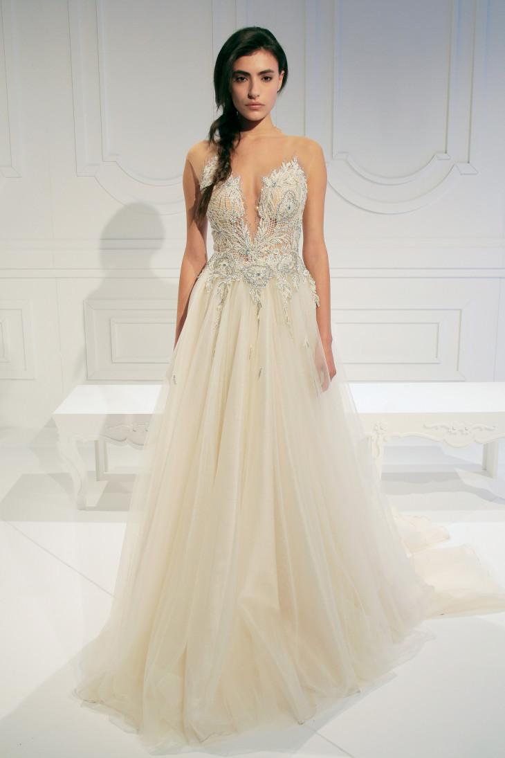 Летний вариант свадебного платья