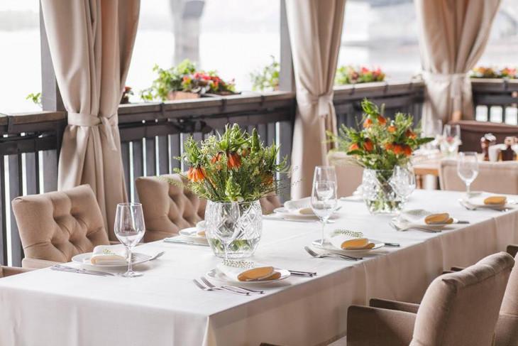 Хуторець на Дніпрі терраса ресторан киев