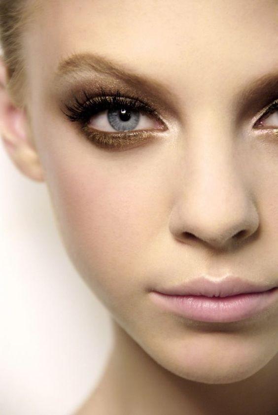 макияж для серо-голубых глаз красивый