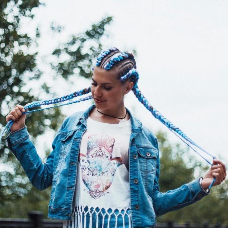 Голубые косы с канекалоном