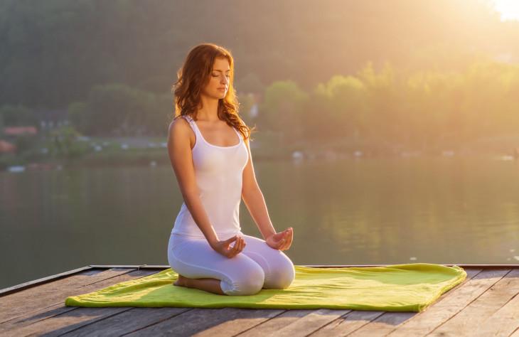 Йога для похудения летом