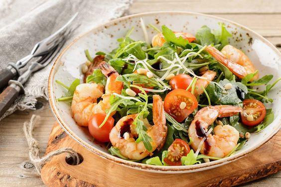 какая польза у салата руккола