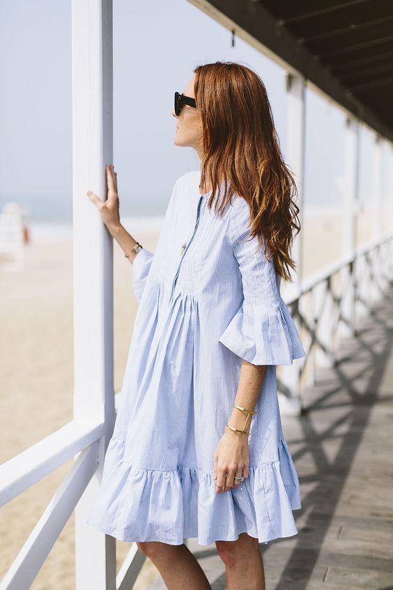 Платье-рубашка и очки