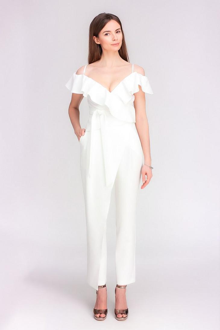 Как носить белый цвет в одежде