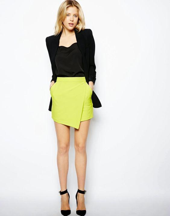 Короткие юбки с завышенной талией