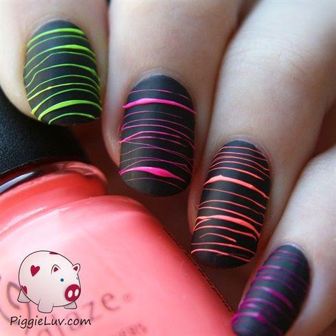 Матовый черный маникюр на короткие ногти