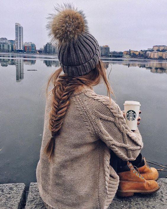 Стильная прическа на осень