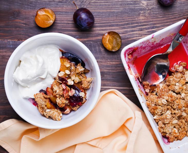 Овсяныйкрамблс сухофруктами – идеи завтрака для всей семьи