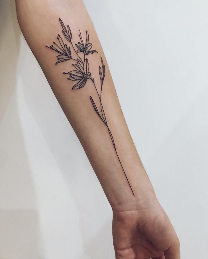 тату цветок