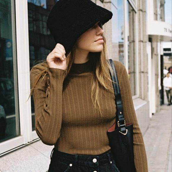 шапка ведро на осень