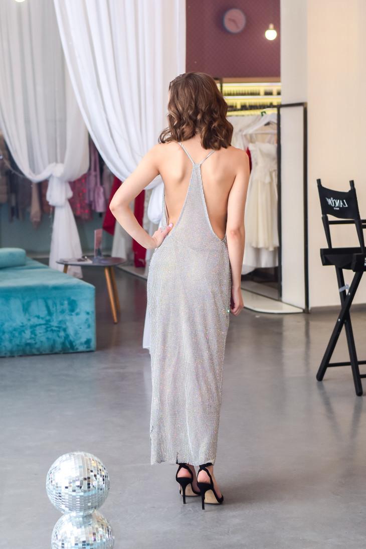 Платье на новый год с оголенной спиной
