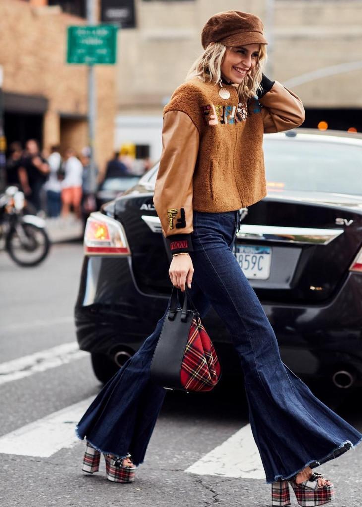 мода 2018 джинсы