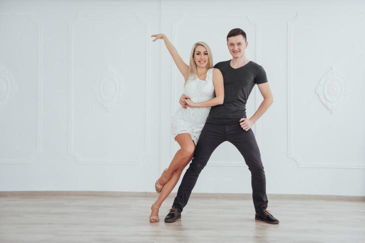 танец кизомба