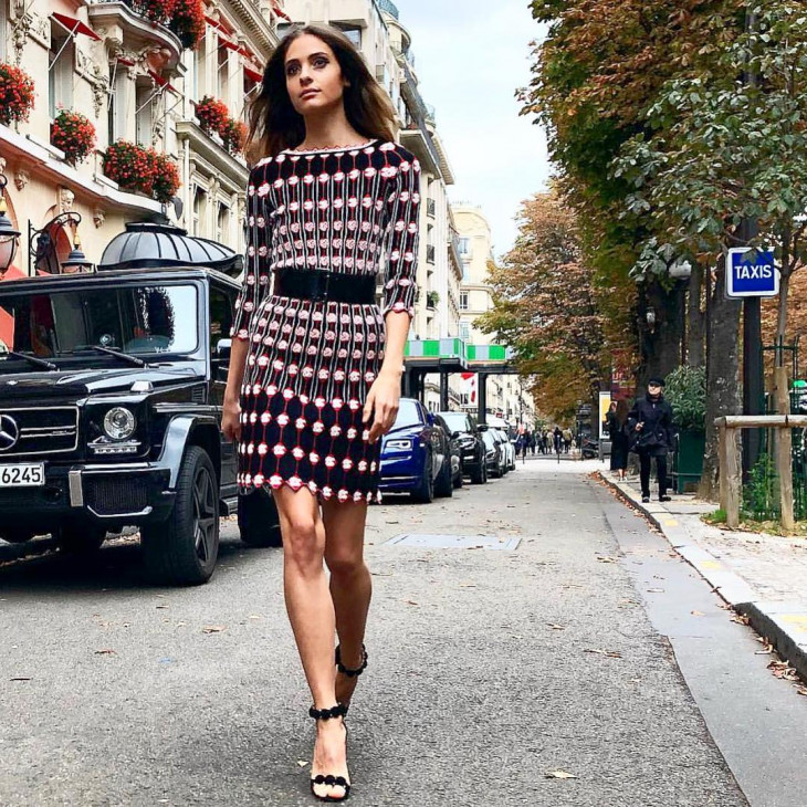 dee9b5b7e8fd Мода 2018: с чем носить трикотажное платье зимой