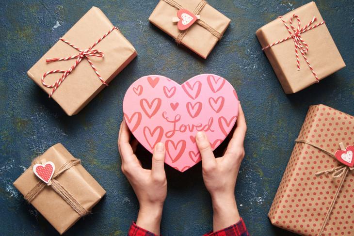 День святого Валентина 14 февраля: истории, традиции, легенды