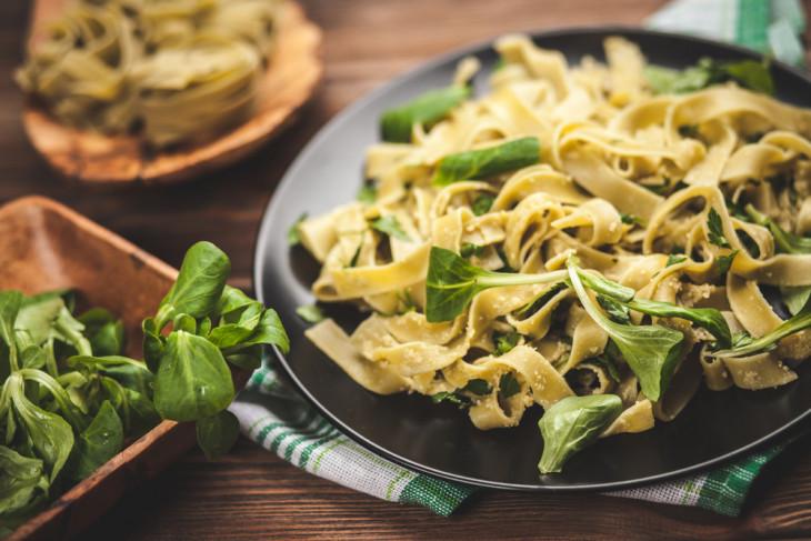 Виновник торжества: 5 продуктов, которые вызывают целлюлит