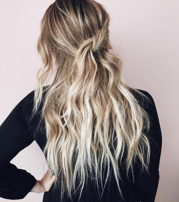 Нежная укладка на длинные волосы