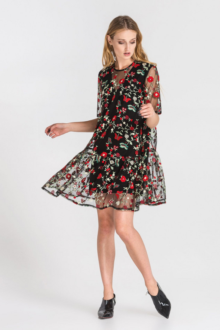 платье на 8 марта 1