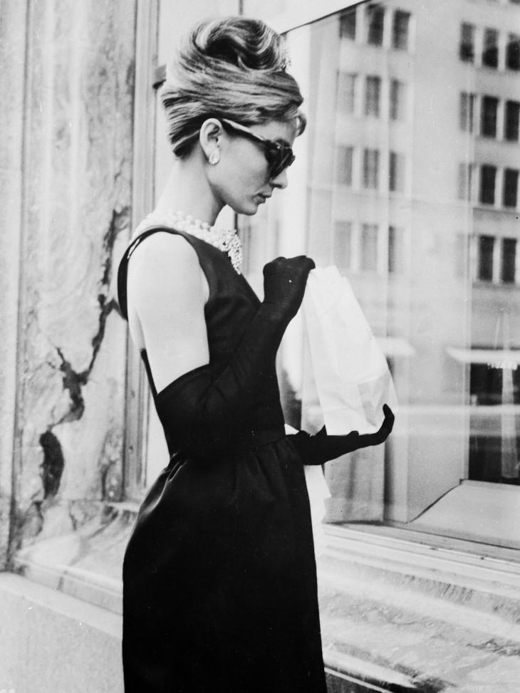 Одри Хепберн маленькое черное платье Givenchy
