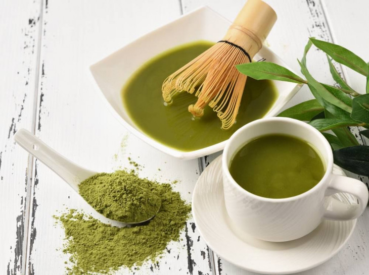 Маска для лица с зеленым чаем матча
